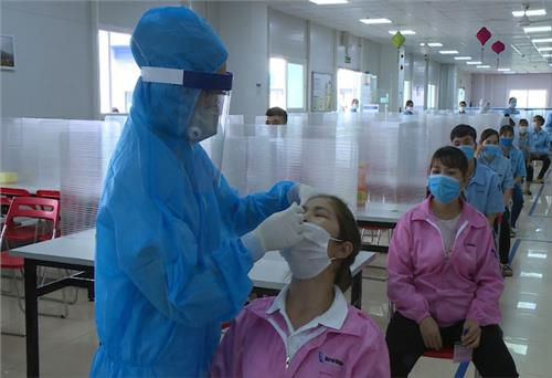 Thai Nguyen tests over 198 thousand samples for SARS-CoV-2 detection
